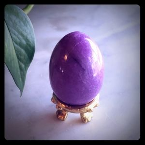 Russ Vintage Purple Marble Egg with Stand
